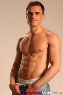 Muscle Bound Brett from Uk Naked Men