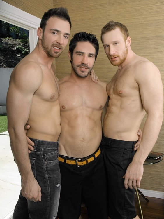 Randy gay guys fucking in trio