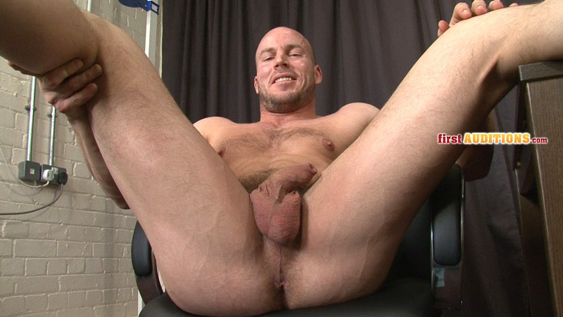 ametuer gay porn featuring straight male escorts servicing their male clients