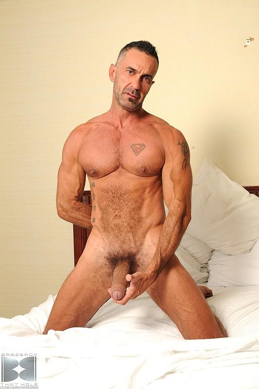 Nude gay amateur