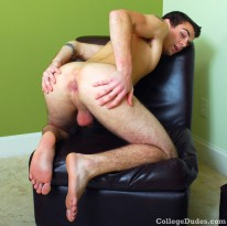 Patrick Hand Busts Nut from College Dudes