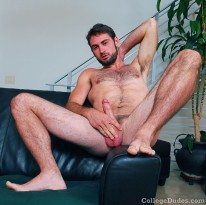 Manning Carr Busts A Nut from College Dudes