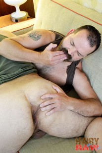 James Hunter And Rob Hunter from Hairy And Raw