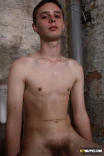Cute Twink Services Mystery D from Boynapped