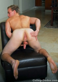 Aaron Kupper Busts A Nut from College Dudes