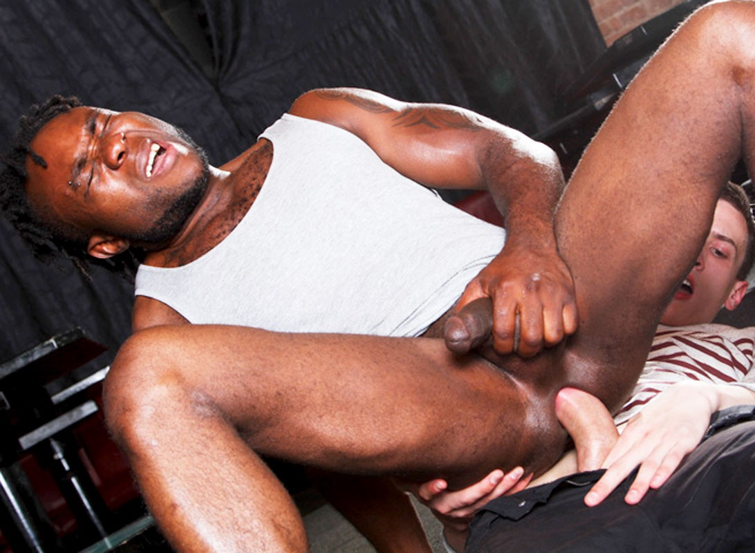 Anal Sex At The Gay Bar From Big Daddy At Justusboys - Gallery 32535-5963
