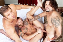 Derek Ty And Darius from Hot Barebacking