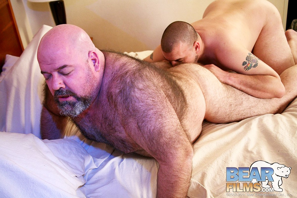 gay-yahoo-bear-group-pictures-of-my-threesome