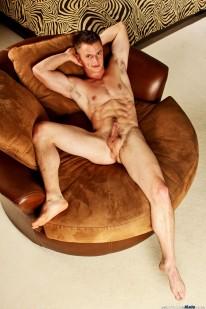 Aaron Reynolds from Next Door Male