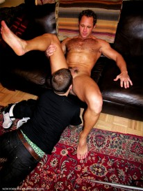 Total Service from New York Straight Men