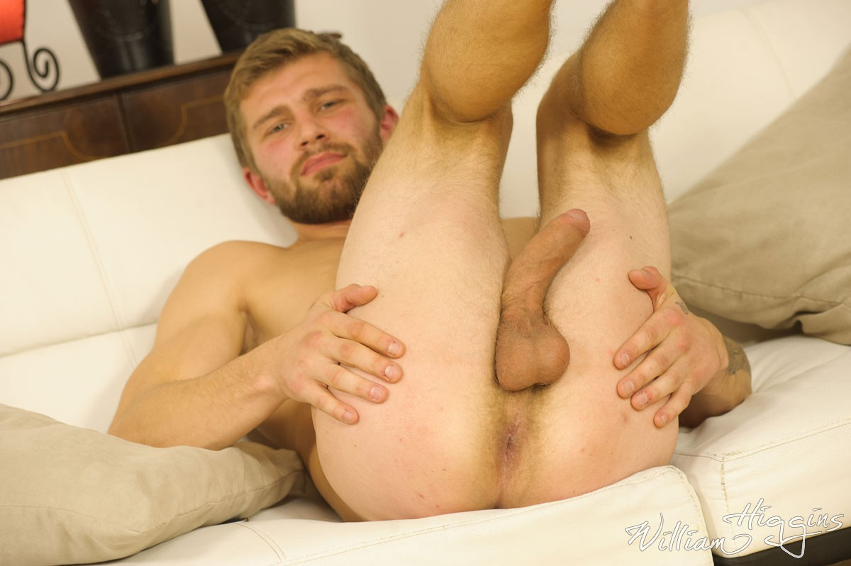 Amateur gay men having sex after both men 10
