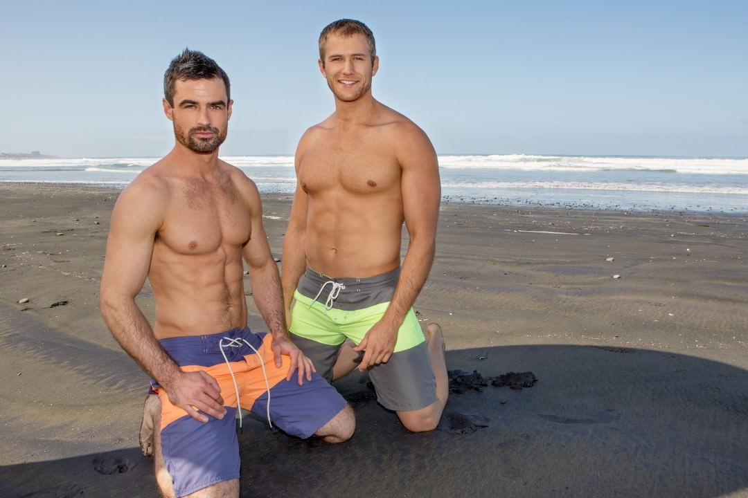 Nude muscle beach men