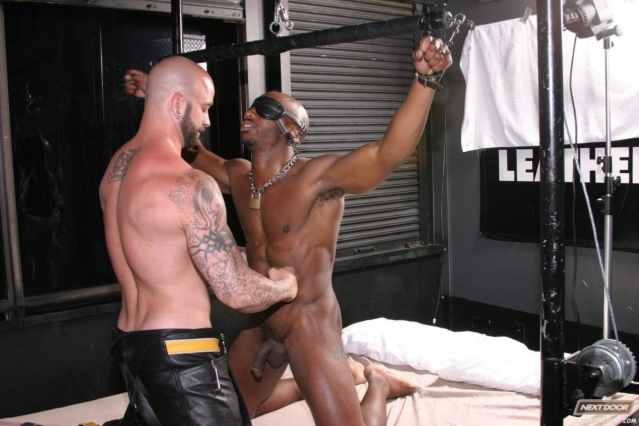 porno gay homem gostoso fazendo teste do sofa