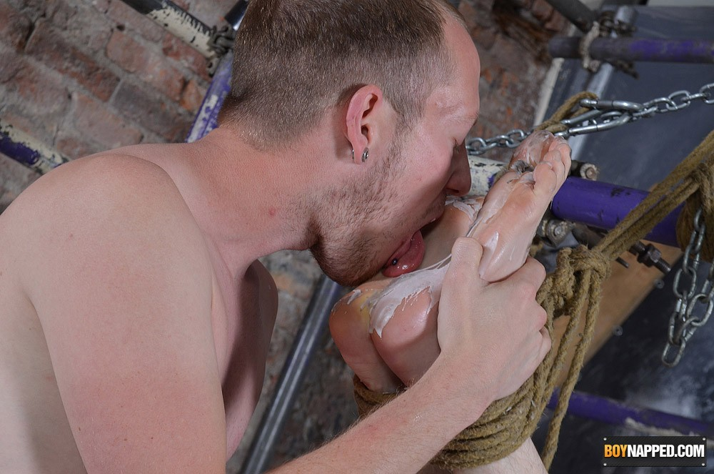 Demanding Gay men wrestling videos help satisfy