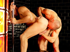 Hot Wet And Hung from Uk Naked Men