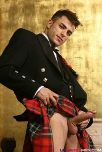 Harrys Kilt from Uk Naked Men