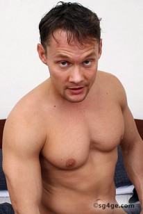 Roland Kucich from Straight Guys For Gay Eyes