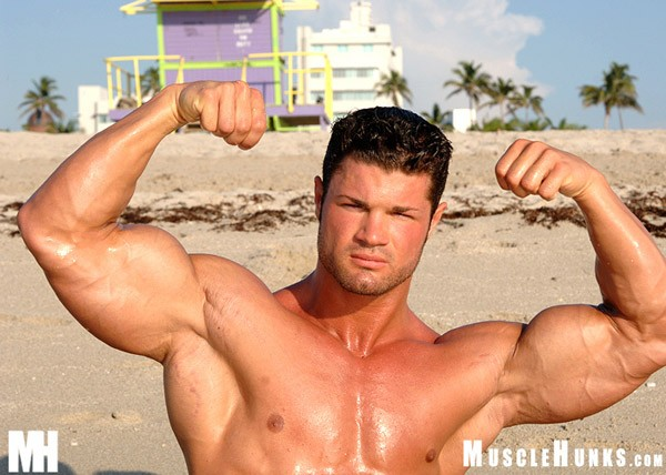 nude-beach-guy-showing-off-dick-to-doctortures-chaudhary-sex-prom