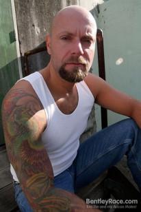 Dan Rhodes from Bentleyrace