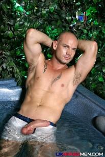 Kurt from Uk Naked Men