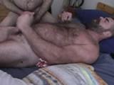 Muscle Bear Jackoff